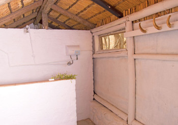 nyati-pools-shower-hoedspruit-accommodation